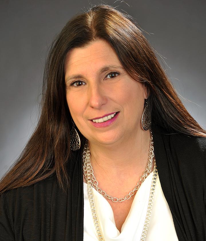 Sandie  McGill